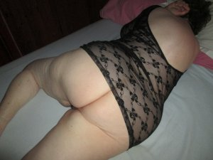 Chemsi live escort in Spartanburg
